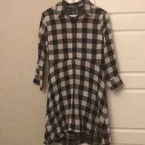Expressed checkered dress